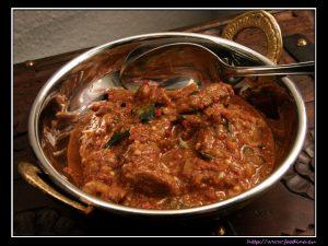 Lamm-Vindaloo – ein sauer-scharfes Lammcurry aus Südindien