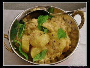 Malaidhar Aloo – cremiges Kartoffelcurry
