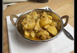 Cauliflower Gashi – Blumenkohl-Kartoffel-Curry