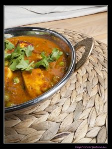 Mattar Paneer – Erbsen-Curry mit Käse