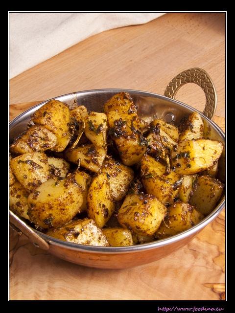 Ajwaini Aloo - indische Bratkartoffeln mit Ajowan