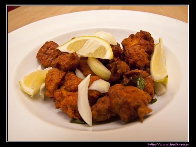 Chicken 65 - Hähnchenhappen in pikanter Teighülle