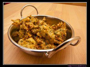 Onion Bhaji – würzige Zwiebelhappen in Teig