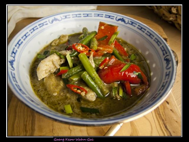 Gaeng Keow Wan Gai - grünes Thaicurry mit Huhn