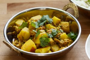 Murgh Keema Aloo – Hühnercurry mit Kartoffeln