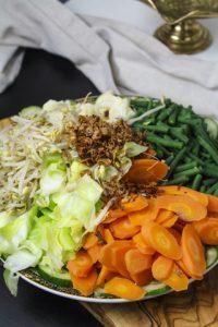 Gado Gado – Gemüse mit Erdnusssauce