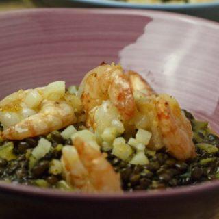 Garnelen-Linsen mit Kokosmilch und Currypulver