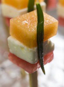 [Fingerfood] Melone mit Schafskäse, Estragon und Limone