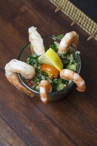 [Fingerfood] Quinoa-Taboule mit Garnelen und Gurken