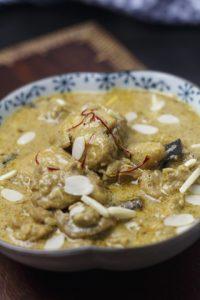 [indisch] Shahi Qorma – königliches Hühnercurry mit Safran und Gewürzen