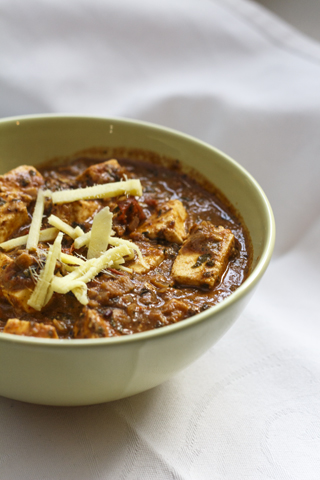 [indisch] Paneer Methi Malai - indischer Käse in sahniger Sauce