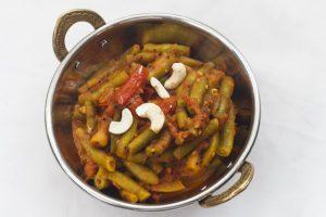 [indisch] Farasbean Bhaji – Grüne Bohnen in Tomatencurry