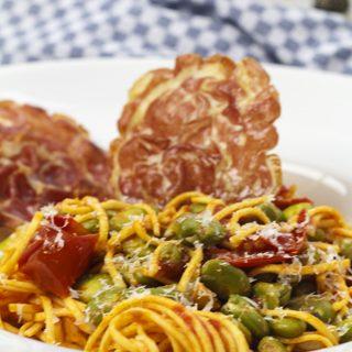 Spaghetti mit Dicken Bohnen und knuspriger Pancetta