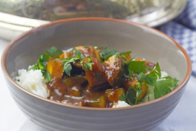 [japanisch] Tomaten-Zucchini-Donburi