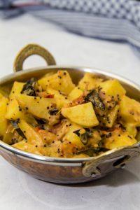 [indisch] Kartoffel-Tomaten-Curry – Aloo Tamatar