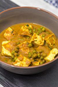 [indisch] Tofu Mattar – Erbsen-Curry mit Tofu