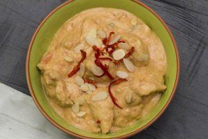 [indisch] Kashmiri Chicken – cremiges Hähnchencurry mit Joghurt und Nüssen