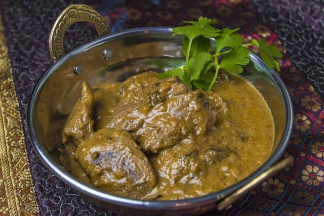 [indisch] Gosht Do Pyaza - zartes Lammfleisch mit würziger Zwiebelsauce