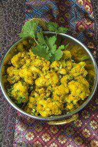 [indisch] Phool Gobi – Blumenkohlmasala mit Ingwer und Kreuzkümmel