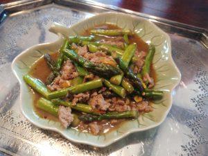 Thailändische Spargel-Hackfleisch-Pfanne – super schnell gemacht und voll toll