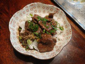 Pfannengerührtes Miso-Rindfleisch – schnelle China-Japan-Fusionküche