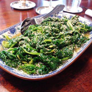 Horenso Ohitashi - japanischer Spinatsalat mit Sesam, schnell, lecker und eine gelungene Abwechslung