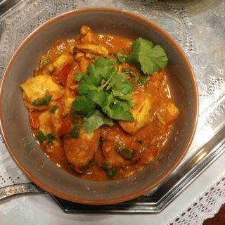 Kadhai Murgh - indische Hähnchenpfanne mit Tomate, Gewürzen und Koriandergrün, fein duftend und schnell gemacht